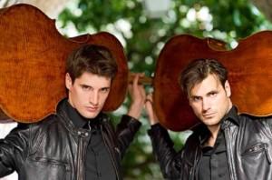2Cellos z instrumentami