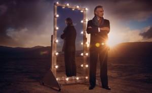 Andrea Bocelli w lustrze