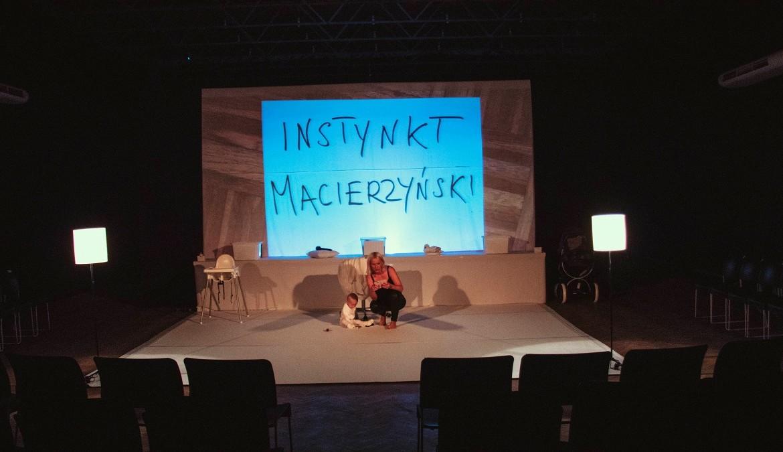 Instynkt macierzyński