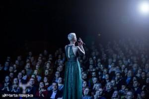 Mariza i zasłuchana publiczność - fot. Marta Rzepka