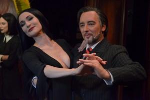 Morticia i Gomez w tańcu - fot. Weronika Trzeciak