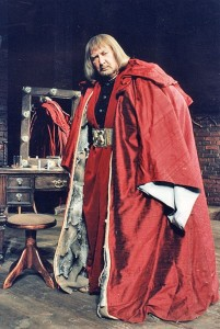 Gustaw Holoubek w spektaklu Garderobiany - fot. archiwum Teatru