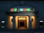 Wejście do Teatru Ateneum