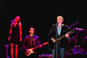 Michael Bolton i jeden z gitarzystów/ fot. Jakub Janecki