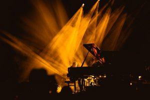 Gra świateł - fot. Jakub Janecki