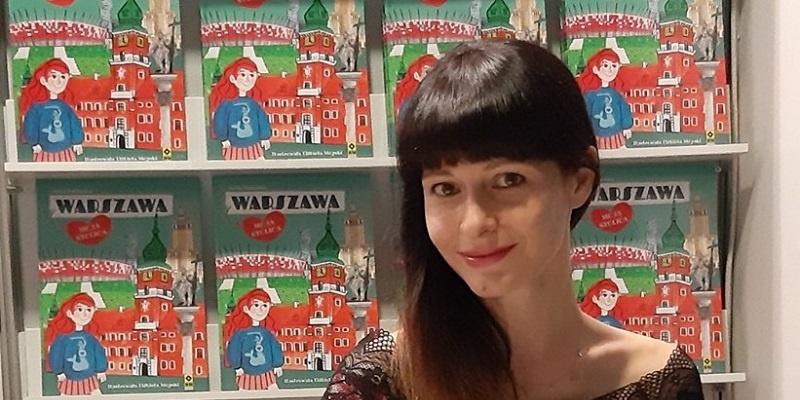Anna Paczuska na Warszawskich Targach Książki