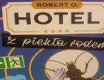 Hotel... fragment okładki
