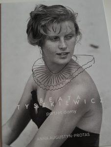 Beata Tyszkiewicz... - okładka/ fot. Roman Soroczyński