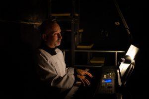 Organista - Sylwester Biraga/ fot. Piotr Leczkowski