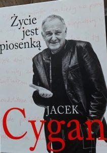 Życie jest piosenką - okładka książki/ fot. Roman Soroczyński